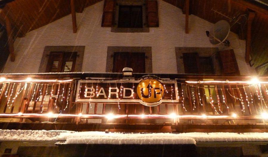An image of an apres ski bar in Chamonix Mont Blanc