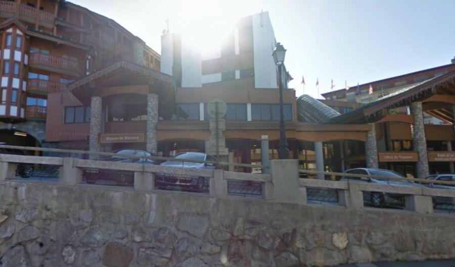 Ski/Lift Pass Offices Courchevel