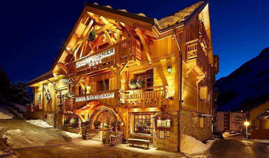 Hottest hotels in Les 2 Alpes for winter 2017-18 exterior