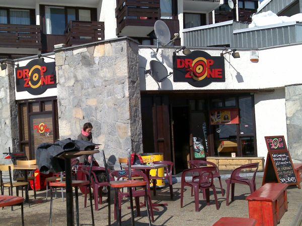 Drop Zone Cafe Bar, Tignes terrace