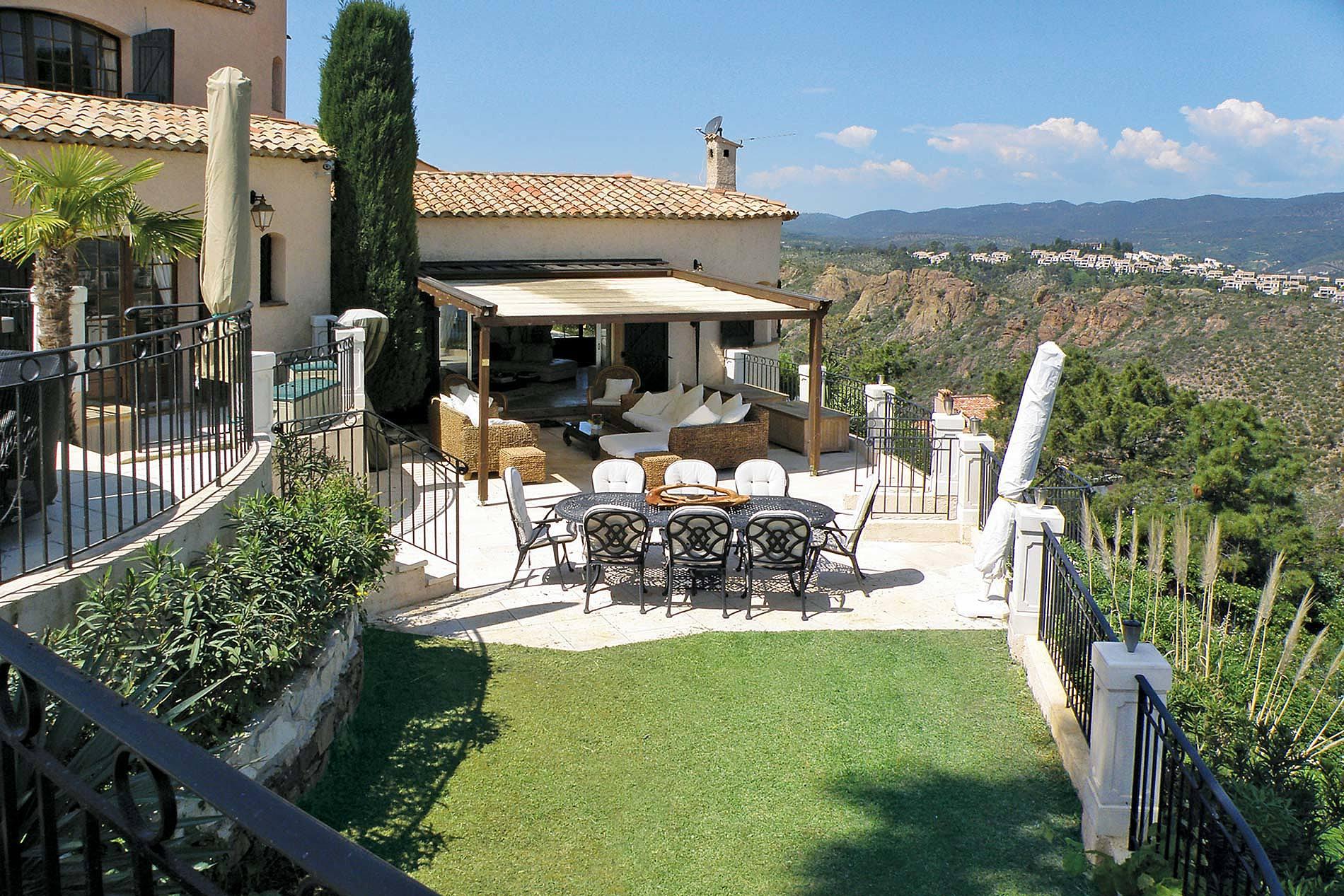 Cannes villas in vogue terrace
